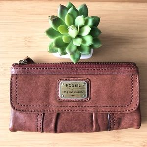 Vintage style Genuine Leather Fossil wallet